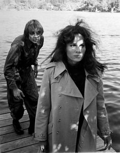 Circle of Fear ep. Bad Connection (`1972) Karen Black, Her World, Independent Films, Ghost Stories, Black Star, American Actress, Favorite Tv Shows, Connection, Sci Fi