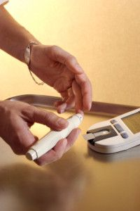 Infection Prevention during Blood Glucose Monitoring and Insulin Administration Diabetes Facts, Diabetes Awareness, Blood Glucose Monitor, Glycemic Index, Diabetes In Children, Prevent Diabetes, Diabetes Management, Blood Test