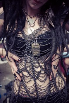 Post-Apocalyptic Fashion | shellydinferno: Post Apocalypse ...