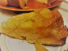 Η μηλόπιτα είναι ένα γλυκό που φαίνεται να ικανοποιεί τους πάντες και ο καθένας λίγο έως πολύ έχει βρει την δική του συνταγή, προσθέτοντας ζάχαρη, μέλι, αμύγδαλα, καρύδια, σταφίδες, κρέμα και ότι αγαπ Apple Pie, Breakfast, Ethnic Recipes, Desserts, Blog, Cakes, Morning Coffee, Tailgate Desserts, Apple Cobbler