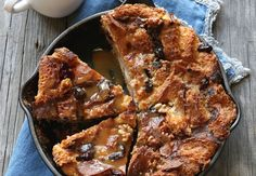 How to make Bread Pudding - complete recipe, ingredients, cook time and serving size. Pudding Recipes, Cake Recipes, Creole Cooking, Bread And Butter Pudding, Sweet Cooking, Complete Recipe, Almond Cakes, How To Make Bread, Just Desserts