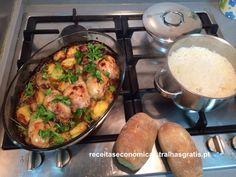 O que mais gosto neste prato é a simplicidade :) É algo que se cozinha rápido e tem o sabor todo! A carne fica estaladiça por fora e tenra por dentro. Podem fazer com as coxas e não apenas com as pernas do frango. Custo total: 4,56€ , por pessoa é então 1,...