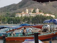 Bara de Navidad - click here to find out about this small sleepy city in Mexico