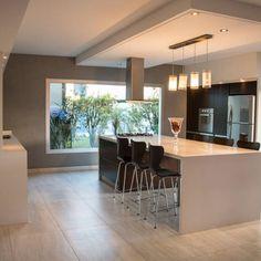 Encontrá inspiración e ideas para el diseño de interiores. Fotos de decoración, arquitectura, casas modernas para crear la casa de tus sueños. #cocinasmodernasgrises