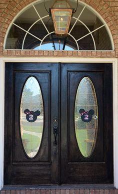 Mouse Head/Ears on Front Door