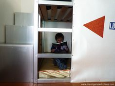 Kuri bed + 3-tiered bookshelf as stairs!