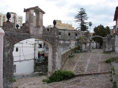 puerta del mar de la muralla de la villa vieja en algeciras