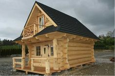 Small Log Cabin, Log Cabin Homes, Building A Small House, Tiny House Nation, Tiny House Movement, Cabin Design, Cabins And Cottages, Tiny House Plans, Cabins In The Woods