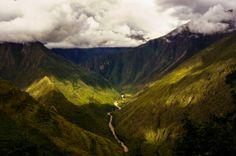 Shadows. Inka Trail, Peru. Shot and edit by Monica Mikhael. https://flic.kr/p/nxK8Yy