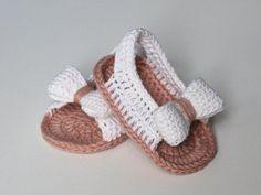 Summer sling sandal Baby Sandal Baby First walker Baby Ballerina, Crochet Bebe, Crochet For Kids, Crochet Hats, Crochet Baby Sandals, Crochet Baby Booties, Cute Baby Girl Images, Newborn Hats, Baby Cardigan