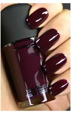 Red Stiletto Nails, Dark Nails, Coffin Nails, Dark Color Nails, Brown Nails, Fall Nail Colors, Nail Polish Colors, Polish Nails, Winter Colors