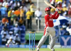 Willow power: Sehwag rates Maxwell better than Gayle