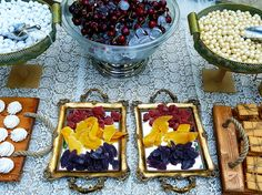 Wedding candies and cherries for the guests #charismadecoration #weddingdecoration