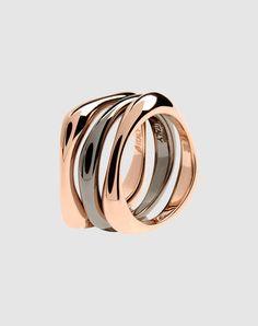 Bronzallure metal and bronze rings