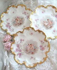 Frilled edge Porcelain Plates with delicate decoration and gold edging Antique Dishes, Vintage Dishes, Antique China, Vintage China, Antique Plates, Limoges China, Haviland China, Romantic Cottage, China Tea Cups