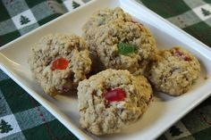 Mennonite Girls Can Cook: Gumdrop Oatmeal Cookies Cookie Pizza, Cookie Dough, Cookbook Recipes, Cookie Recipes, A Food, Food And Drink, Skillet Cookie, No Bake Bars, Gum Drops