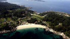 Playa de Beluso, en Bueu, en un enclave marinero, constituye uno de esos pequeños lugares con un encanto especial. FOTÓGRAFO: CAPOTILLO