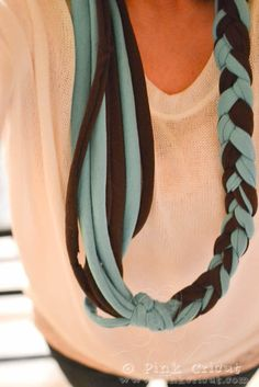 Braided No Sew Infinity Scarf.  I may never buy another new scarf again!