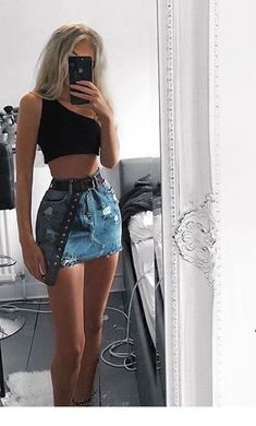 Stylish 41 Lovely Denim Skirt Outfits Ideas To Makes You Look Stunning girl aesthetic outfits 41 Lovely Denim Skirt Outfits Ideas To Makes You Look Stunning Bad Girl Outfits, Edgy Outfits, Teenager Outfits, Cute Outfits, Fashion Outfits, Outfits For Concerts, Cute Concert Outfits, Cool Summer Outfits, Fasion