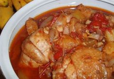 In this chicken, tomatoes and pineapple stew recipe, chicken thighs browned in butter were stewed in the combined juices of fresh pineapple and tomatoes. Quick Recipes, Quick Meals, No Cook Meals, Soup Recipes, Chicken Tomato Stew, Tomato Sauce Recipe, Pineapple Chicken, Hungarian Recipes, Turkey Recipes