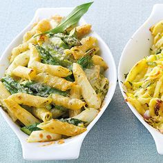 Penne-Spargel-Gratin When the asparagus season begins, there cannot be enough recipes for asparagus fans. Of course we also have a casserole for you. Penne, Tortellini, Asparagus Recipe, Asparagus Casserole, Noodle Recipes, Pasta Recipes, Casserole Recipes, Lacto Vegetarian Diet, Pastries