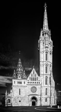 Beautiful Matthias Church in Budapest, Hungary, in black and white with stark contrast, vertical format image. Available as poster, framed fine art print, metal, acrylic or canvas print. (c) Matthias Hauser hauserfoto.com