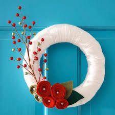 Google Image Result for http://blogs.babble.com/the-new-home-ec/files/2011/11/modern-holiday-wreath.jpg