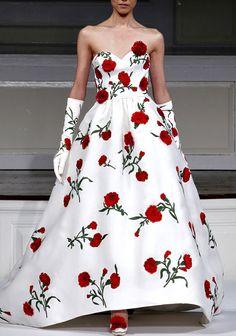 she-loves-fashion:  SHE LOVES FASHION: Oscar de la Renta - SS 2011