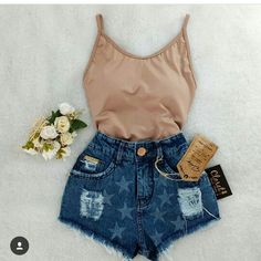Super quero!!!💆🌴💭💭 Cute Lazy Outfits, Outfits For Teens, Stylish Outfits, Cool Outfits, Teen Fashion, Fashion Outfits, Womens Fashion, Tumblr Fashion, Casual Looks
