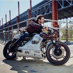 Scrambler y Cafe Racer Puebla! Cafe Racer Style, Cafe Racer Bikes, Cafe Racer Motorcycle, Motorcycle Design, Bike Design, Moto Guzzi, Cx 500, Cafe Racing, Auto Racing