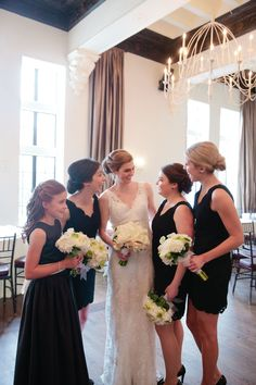 Carly Michelle Photography | #AldenCastle #LongwoodVenues #ModernVintage #Bridesmaids