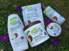THESE products right here are amazing! Especially if you deal with dry hair , you might find what your looking for in these @palmers Coconut Oil Formula Products. More