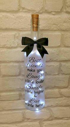 76 Best DIY Wine Bottle Craft Ideas – doityourzelf – Diy Gifts For Friends Wine Bottle Gift, Diy Bottle, Wine Bottle Crafts, Wine Gifts, Diy Gifts For Friends, Friend Birthday Gifts, Lighted Wine Bottles, Glass Bottles, Wine Decor