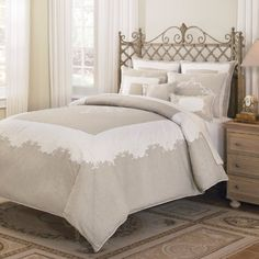 http://archinetix.com/croscill-home-mikasa-countryside-comforter-mini-set-linen-p-7717.html