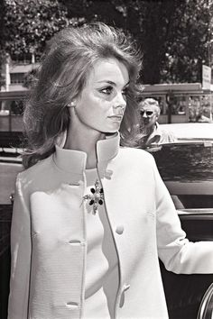 Jean Shrimpton 1960s Photos - Best Jean Shrimpton Style