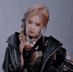Image discovered by ꫝꫀꪶꪶ᥇ꪮꪗ. Find images and videos about kpop, aesthetic and rose on We Heart It - the app to get lost in what you love. Kpop Girl Groups, Korean Girl Groups, Kpop Girls, Blackpink Jennie, Rose Icon, Homo, Rose Park, Blackpink Photos, Kim Jisoo
