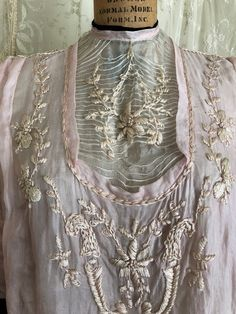 Exquisite Edwardian Pink Silk Blouse / Embroidered Top / Victorian / Antique Blouse /  #VintageEmbroideredBlouse #VintageClothing #VintagePinkBlouse #EmbroideryDress ##EveningDress #FallFashion #OutfitIdea #DetailsOfFashion