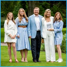 Three Daughters, Queen Maxima, Royal House, Bridesmaid Dresses, Wedding Dresses, Royalty, Reyes, Picture Ideas, Pictures