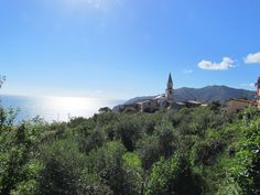 Beautiful Liguria off the beaten track! Travel Advice, Italy Travel, Places To Visit, Track, Mountains, Nature, Beautiful, Naturaleza, Runway