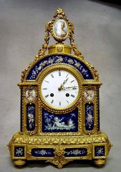 19th century French clock..I do realize this is Not flo-blau..just imagine it displayed ina room w/'Our' lovely flo-blau☺♥dr