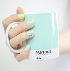 nail art) mini triangles et couleurs de printemps ! I want this cup so much, being a graphic Designer I feel it is my obligation to own this amazing mug!I want this cup so much, being a graphic Designer I feel it is my obligation to own this amazing mug! Spring Nail Trends, Spring Nail Colors, Spring Nail Art, Spring Nails, Summer Nails, Nail Art Diy, Diy Nails, Cute Nails, Pretty Nails