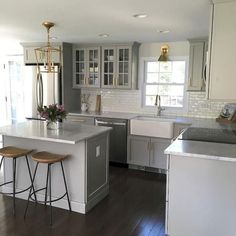 Cool 75 Incredible Farmhouse Gray Kitchen Cabinet Design Ideas #cabinet #design #farmhouse #Kitchen