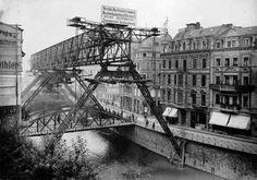 Wuppertaler Schwebebahn, 1900.