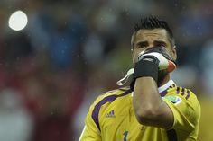 Sergio Romero atajó los penales de Ron Vlaar y Wesley Sneijder.  Foto:AFP