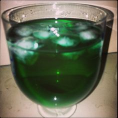 My #Stpatricks day #green beverage. Diabolo menthe (mint syrup water)
