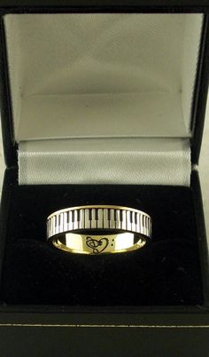 Piano Ring 18ct gold silver plated keys by spintea on Etsy, kr7000.00