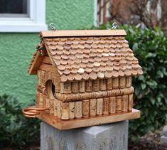 Wine Cork Art, Wine Cork Crafts, Bottle Crafts, Wooden Crafts, Wine Craft, Recycled Crafts, Wine Cork Birdhouse, Wine Cork Projects, Wood Projects