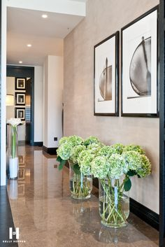 Kelly Hoppen flowers on ground #flowersinteriors #hydrangeas