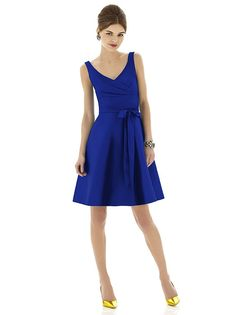 Alfred Sung Style D622 http://www.dessy.com/dresses/bridesmaid/d622/?color=midnight&colorid=47#.UpYbn8RDvWA