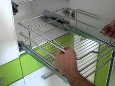 Montaje de herraje verdulero - Herrajes cocina - www.micocinaonline.com